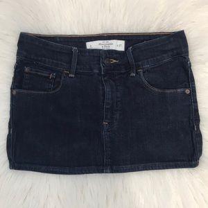 NWOT Abercrombie & Fitch jean mini skirt.